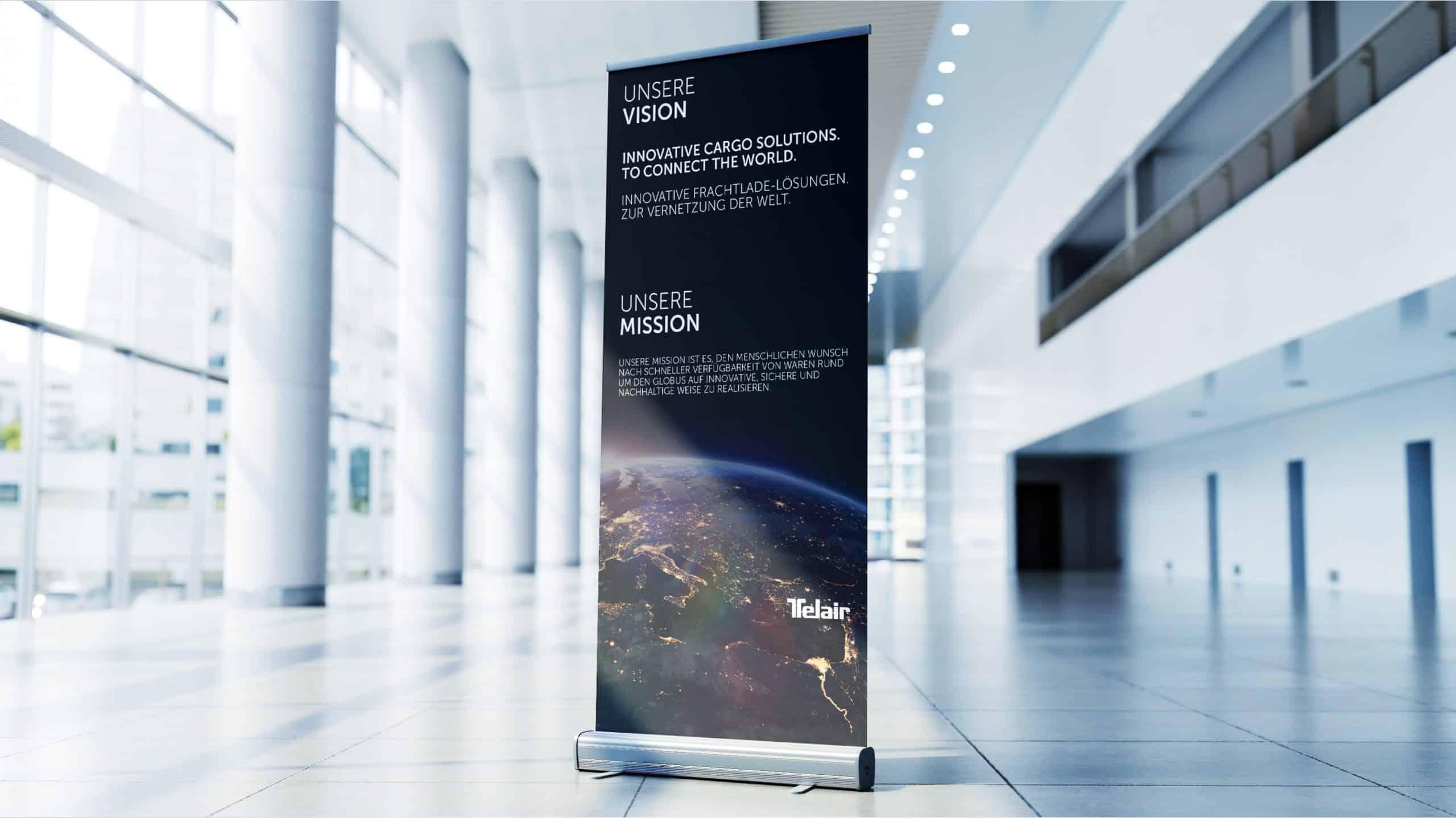 Wir gestalten dein Roll-Up, Banner oder Plakat. Die Produktion übernehmen wir auch! Grafik Services