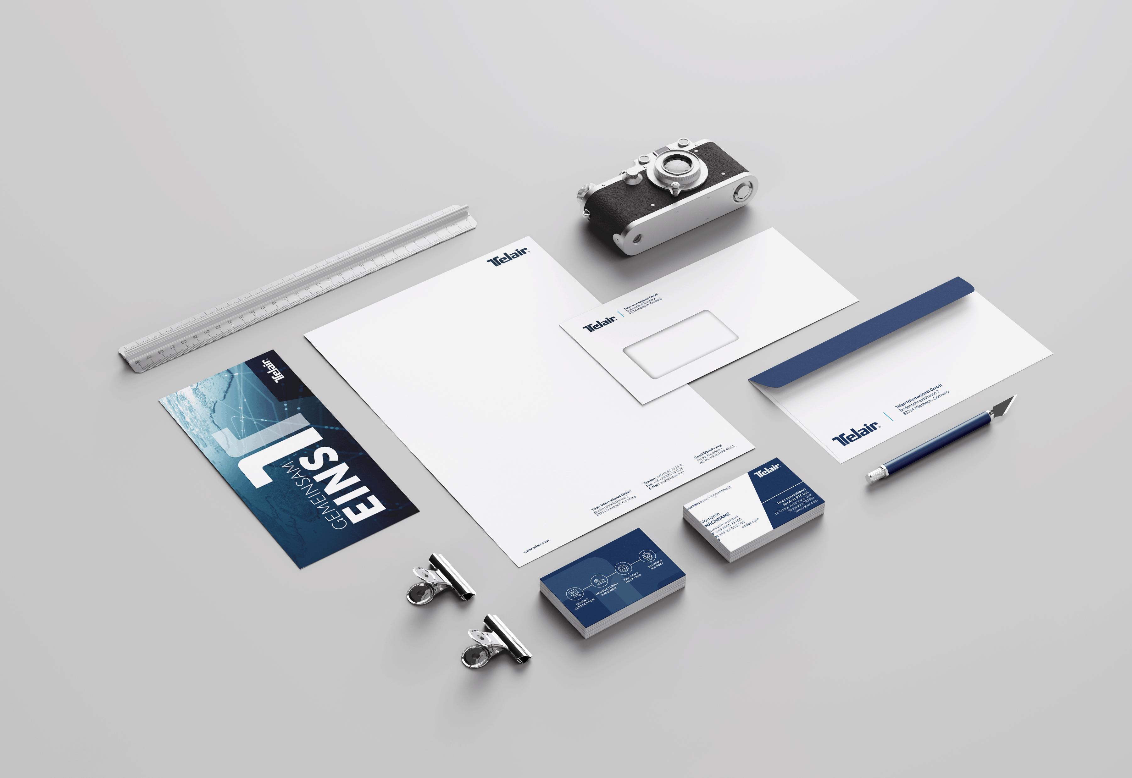 Wir gestalten deine Geschäftsausstattung. Alle Formate und Größen. Briefpapier, Umschläge, Visitenkarten, Blöcke. Die Produktion übernehmen wir auch. Grafik Services